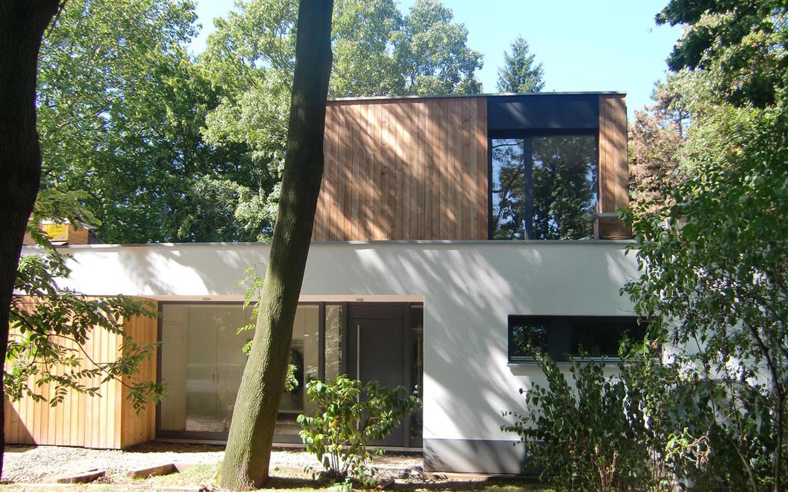 Einfamilienhaus_Koeln_Umbau_Aufstockung_Holzbau_Eingang