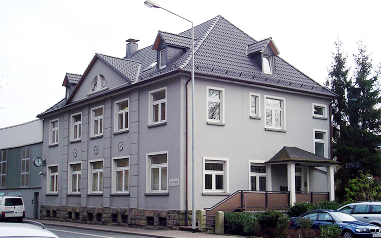 Messingwerk_SteinwegClausArchitekten_Buerogebäude_Anbau_Eckverglasung_Plettenberg_00001